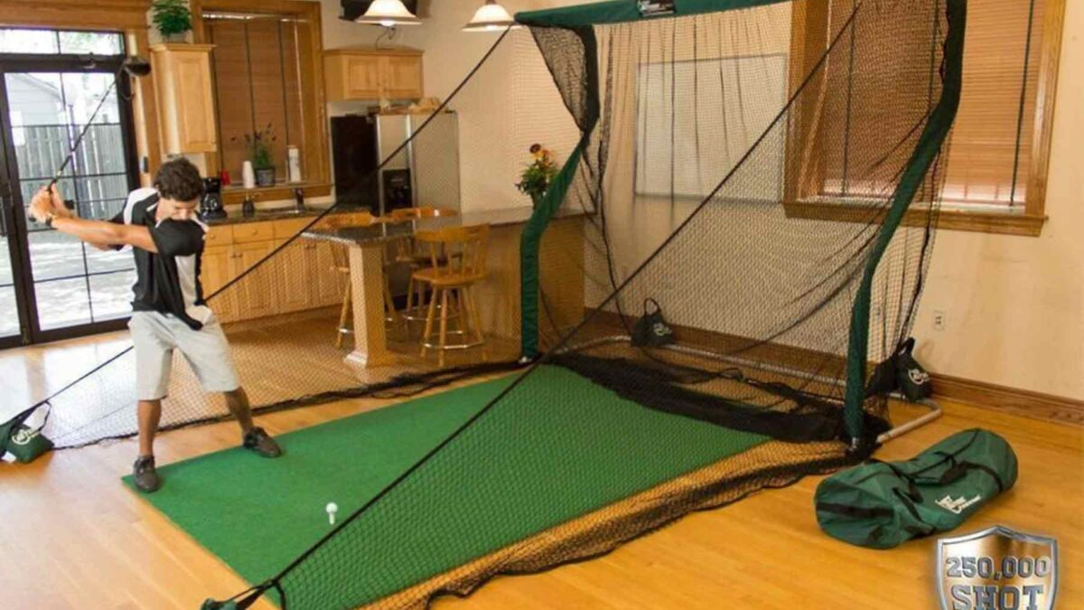 Best ways of playing golf at home