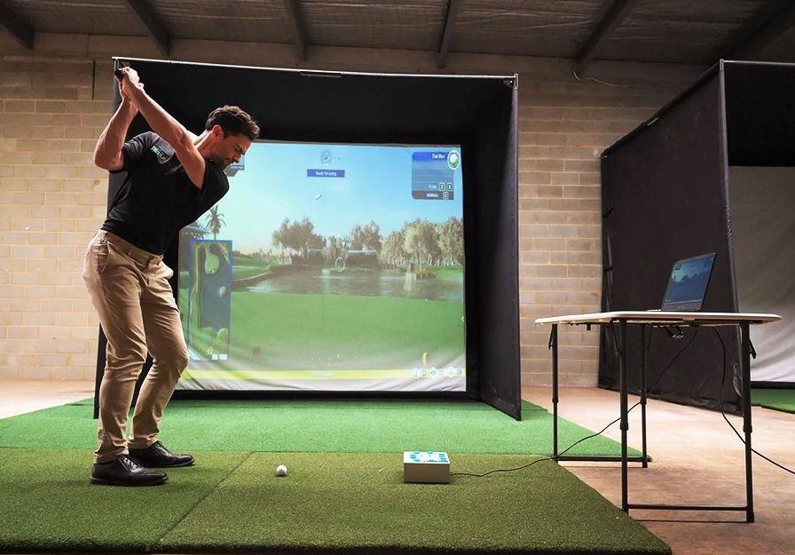 SimBay Golf Simulator Enclosure